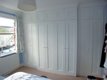 Shaker Style with Storage Over